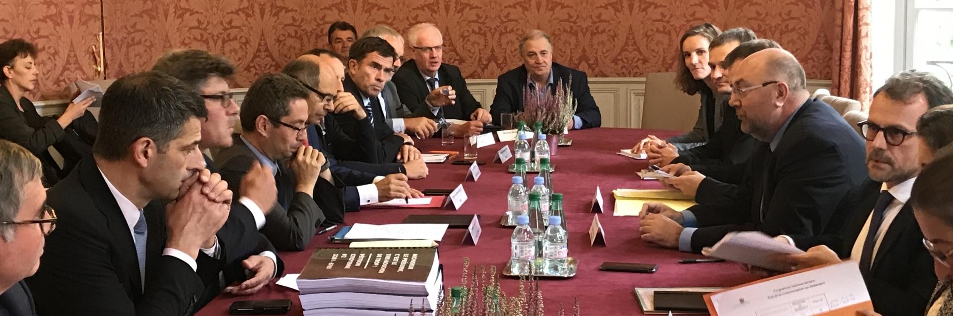 Rencontre filiere ministre letirebouchondetrop 2